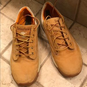Gently used timberland shoes